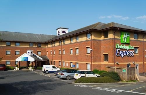 . Holiday Inn Express Exeter M5, Jct 29