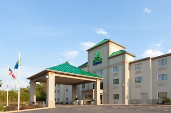 Hotel - Holiday Inn Express Irwin (PA TPK Exit 67)