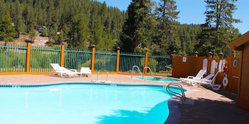 Hotel - Truckee Donner Lodge