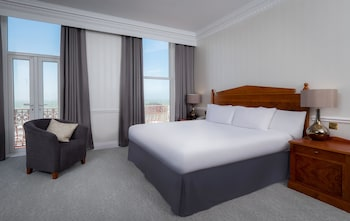 Suite, 1 Double Bed, Sea View