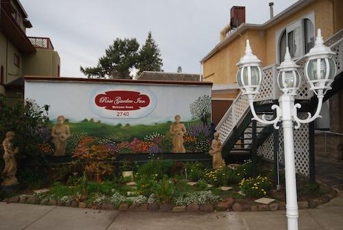 . Rose Garden Inn