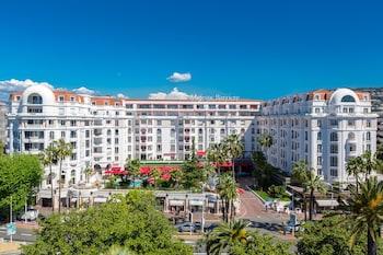 Hôtel Barrière Le Majestic Can..