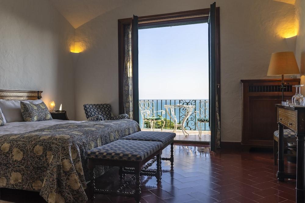 https://i.travelapi.com/hotels/1000000/440000/438400/438323/4ccf0659_z.jpg