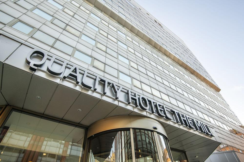 https://i.travelapi.com/hotels/1000000/440000/439200/439125/21f43eee_z.jpg
