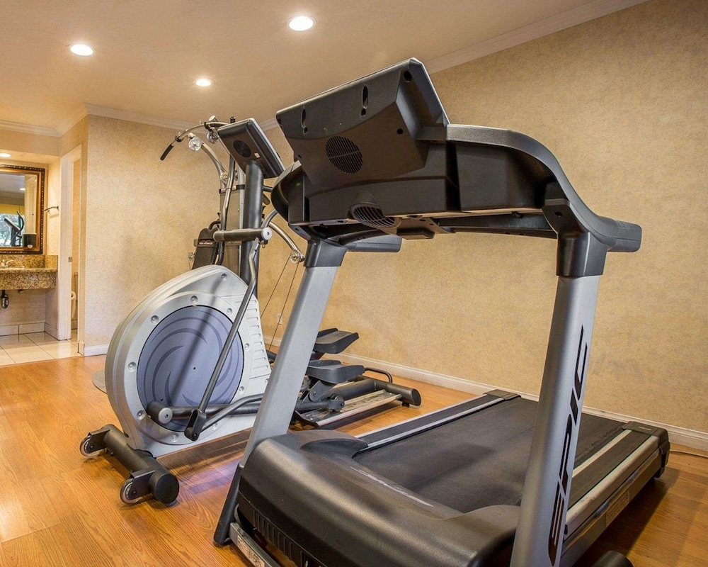 Hotel Gym Photos