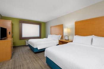 Suite, 1 Queen Bed, Accessible, Non Smoking (Hearing, Mobility)