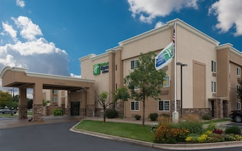 丹佛西惠特里奇智選假日套房飯店 Holiday Inn Express & Suites Wheat Ridge-Denver West, an IHG Hotel