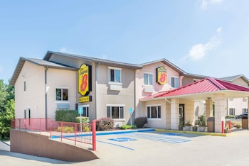 Hotel - Super 8 by Wyndham Bloomington
