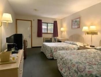 Deluxe Room, 2 Double Beds, Smoking