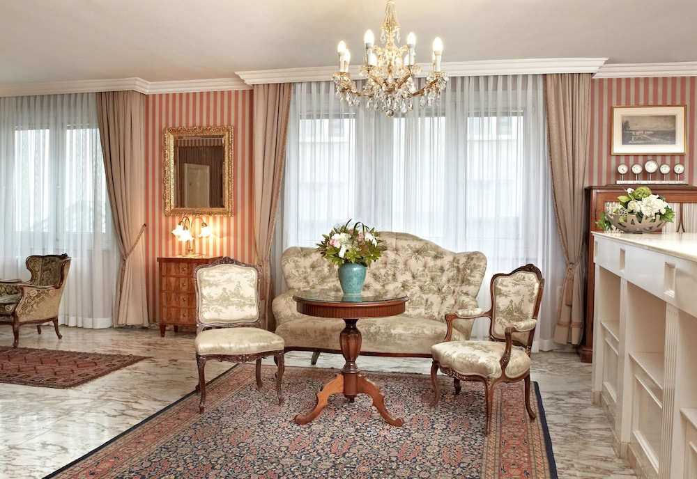 Savoy Hotel Vienna