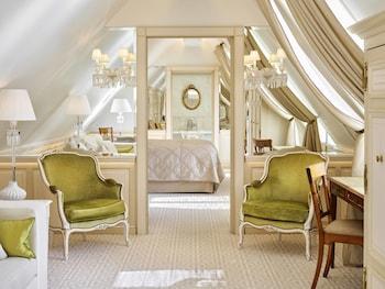 Room (La Parisienne)