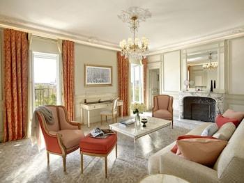 Executive Suite, Park View