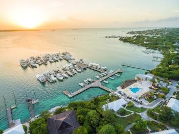 Hotel - Romora Bay Resort & Marina