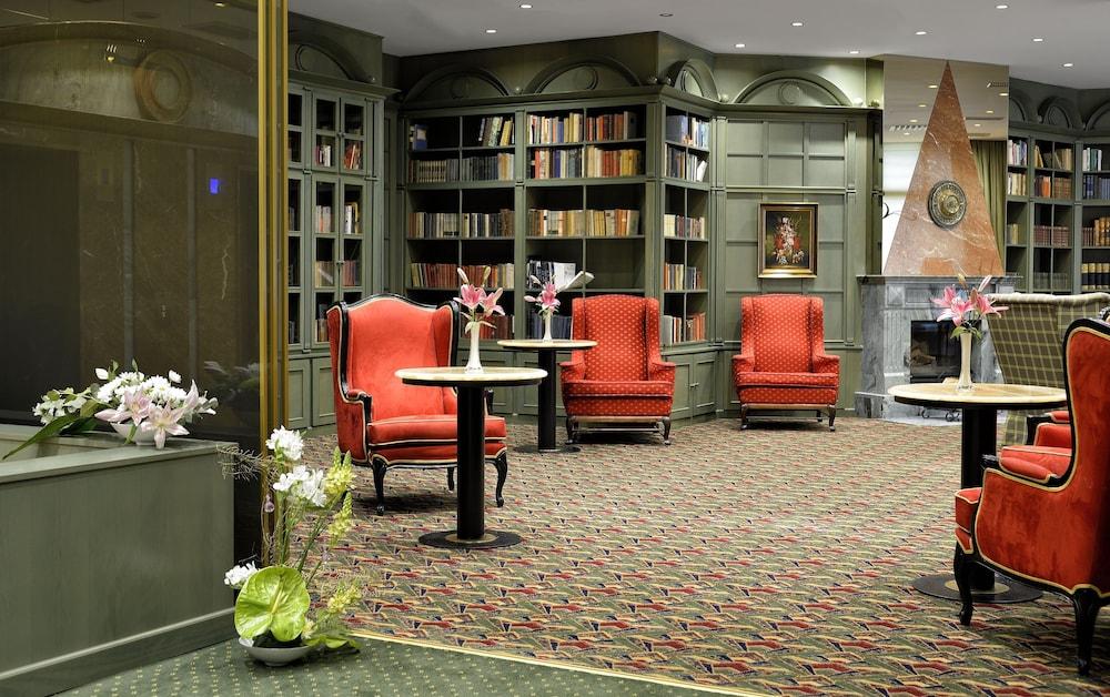 ホテル サヴォイ