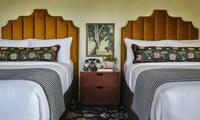 Executive Room, 2 Double Beds (Graduate)