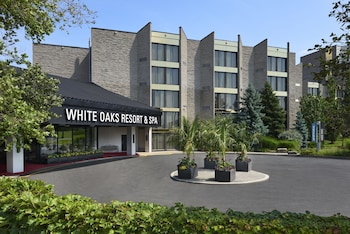 Hotel - White Oaks Resort & Spa