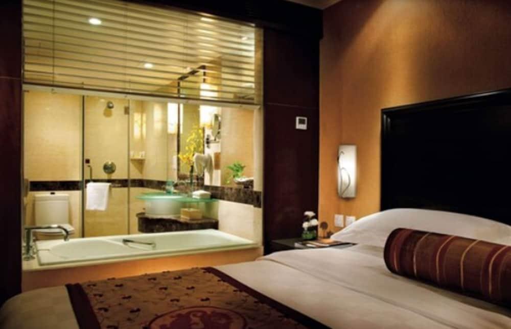 サンワールド ダイナスティ ホテル