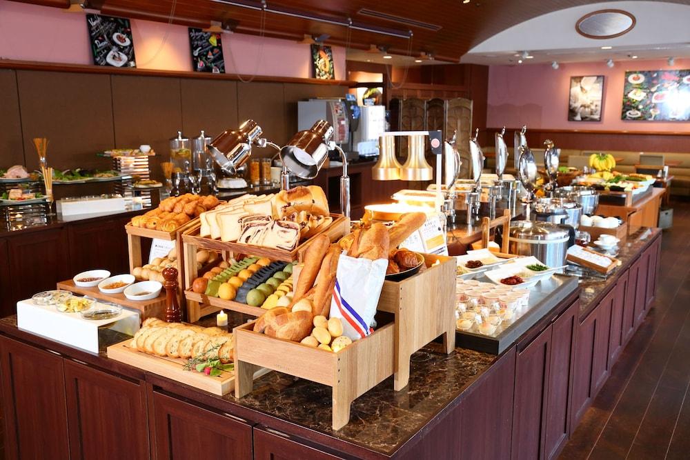 고베 산노미야 도큐 REI 호텔(Kobe Sannomiya Tokyu REI Hotel) Hotel Image 28 - Buffet