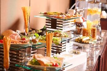 KOBE SANNOMIYA TOKYU REI HOTEL Breakfast Area