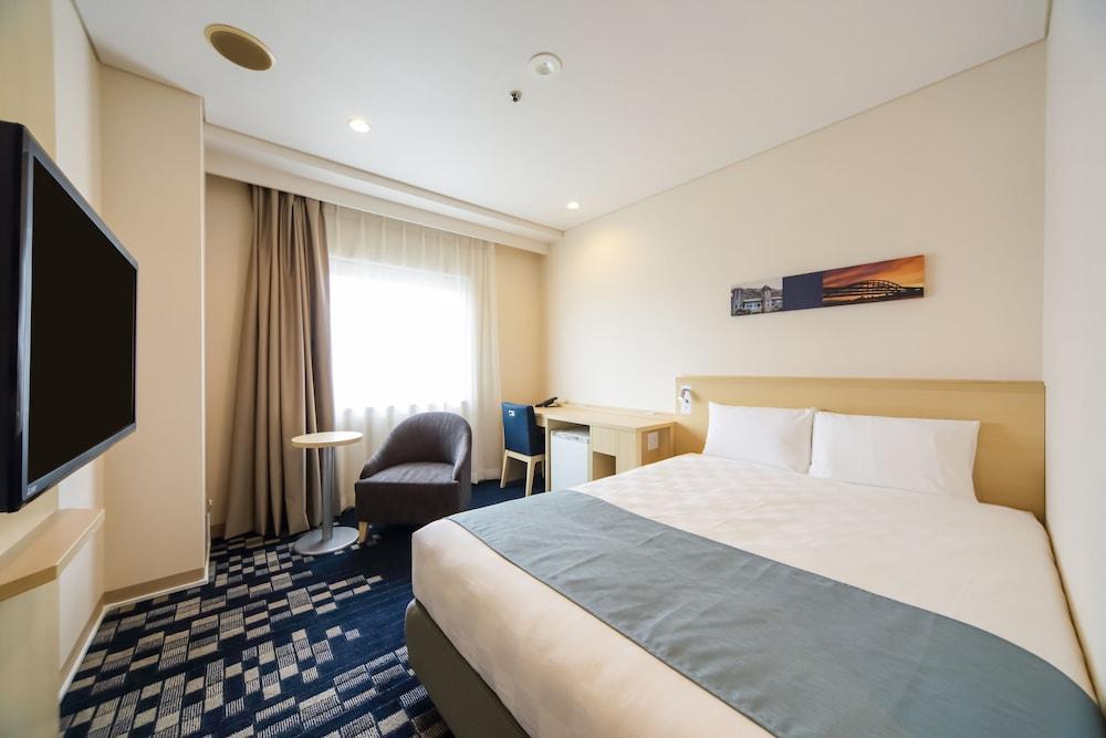 고베 산노미야 도큐 REI 호텔(Kobe Sannomiya Tokyu REI Hotel) Hotel Image 13 - Guestroom