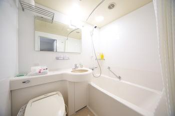 KOBE SANNOMIYA TOKYU REI HOTEL Bathroom