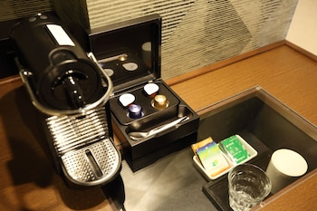 KOBE SANNOMIYA TOKYU REI HOTEL Coffee and/or Coffee Maker