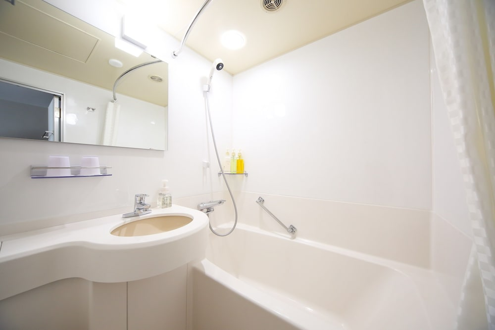 고베 산노미야 도큐 REI 호텔(Kobe Sannomiya Tokyu REI Hotel) Hotel Image 20 - Bathroom