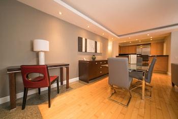 Two Bedroom Luxury Suite City View
