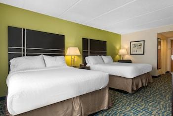 Guestroom at Holiday Inn Savannah S - I-95 Gateway in Savannah