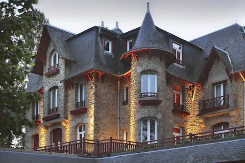 . Le Castel Marie Louise