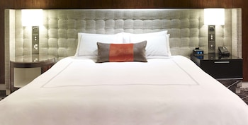 Swiss Executive Room, Signature Room, 1 King Bed, Executive Level