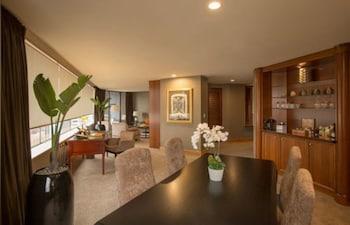 Suite (Stamford)