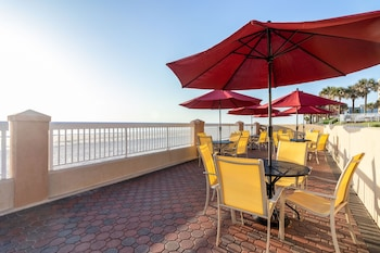 代托納海岸海濱歡朋飯店 Hampton Inn Daytona Shores - Oceanfront