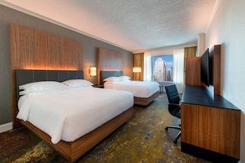 Room, 2 Queen Beds (Club Access)