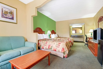 Studio Suite, 2 Queen Beds, Non Smoking