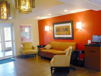 Lobby at Extended Stay America - Secaucus - New York City Area in Secaucus