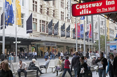 Causeway Inn On The Mall, Melbourne