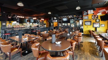 Prestige Rocky Mountain Resort Cranbrook - Sports Bar  - #0