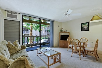 Castle Kona Bali Kai , a Condominium Resort - Living Room  - #0