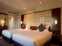 Club Double Room, Business Lounge Access