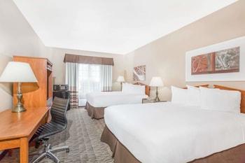 Guestroom at Hawthorn Suites by Wyndham Las Vegas/Henderson in Henderson