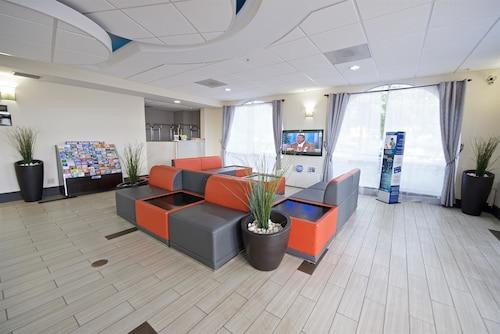 Best Western Airport Inn & Suites image 3