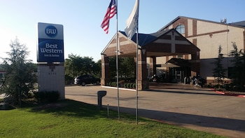 Best Western Edmond Inn & Suites photo