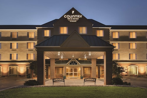 . Country Inn & Suites by Radisson, Lexington, VA