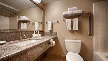 Best Western Plus North Las Vegas Inn & Suites - Bathroom Amenities  - #0