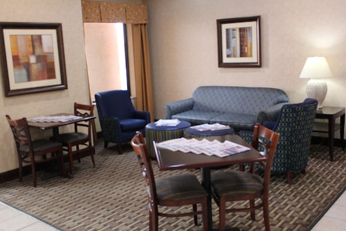 Holiday Inn Express Kansas City-Liberty, Clay