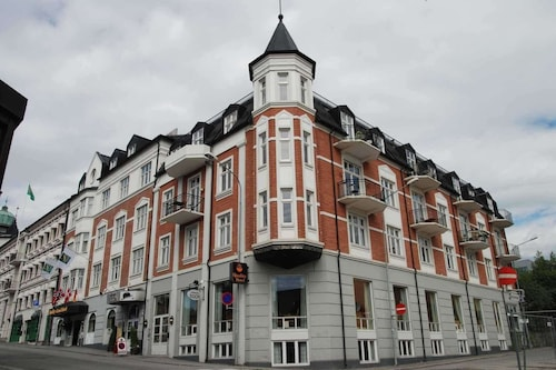 . Clarion Collection Hotel Grand, Gjovik