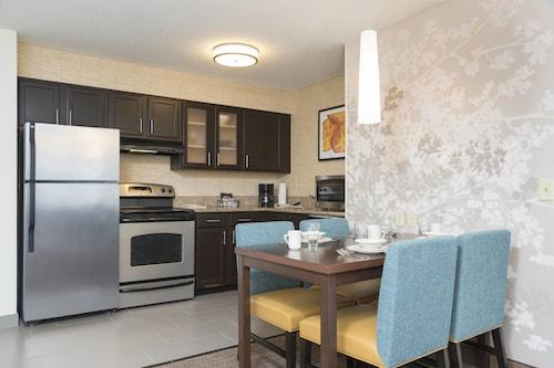 . Residence Inn By Marriott Grand Rapids West