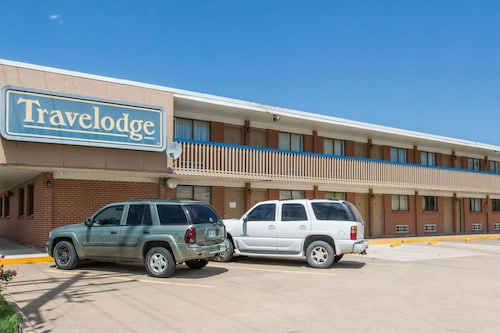 . Travelodge by Wyndham Great Bend