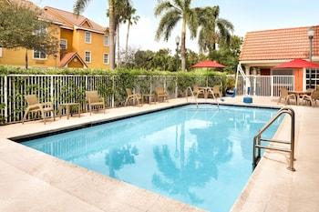 勞德代爾堡西萬豪廣場套房飯店 Towneplace Suites by Marriott Ft Lauderdale West